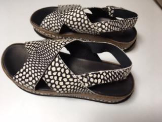 Sandalen 1